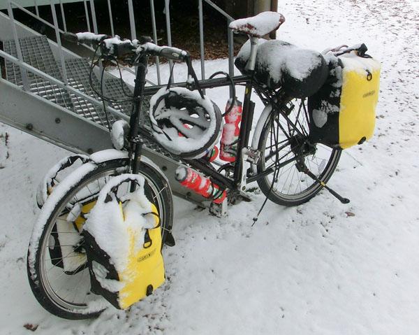 Sykkelen min etter gårsdagens snøstorm