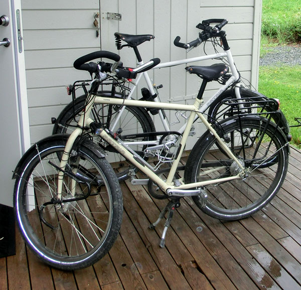 Jan og Karina sykler på tyske Patria Terra tursykler