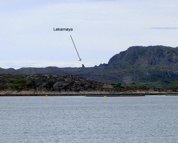 Lekamøya er en steinformasjon som ser ut som ei kvinne med et stort sjal over seg.