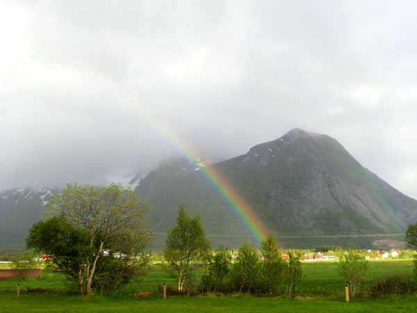 For enden av regnbuen finner man ... Reipå Camping :-)