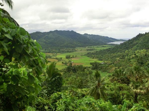 Det er langt fra flatt på Filippinene og det kan være krevende å være tursyklist her
