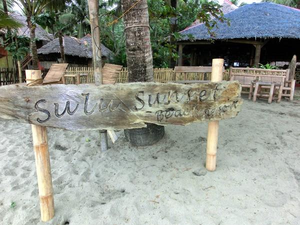 Sulu Sunset Beach Resort - Her skal vi overnatte, spise en sen middag i kveld samt frokost i morgen tidlig