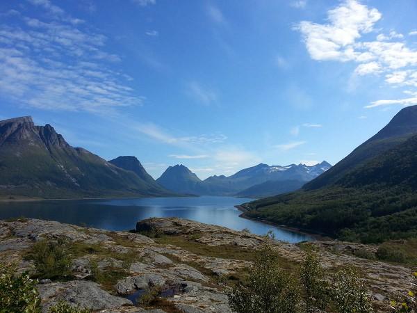Så går turen inn i idylliske Aldersund