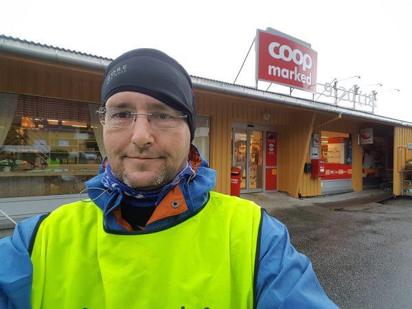 Hipp, hurra, en åpen dagligvarebutikk :-)