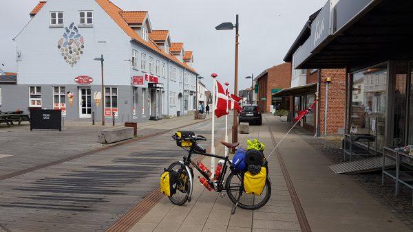 (10:30) Framme i Danmark - Hirtshals :-)