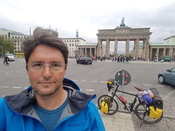 (14:35) Etter 43 dager på tur er jeg nå kommet frem til Berlin.